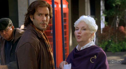 Desmond ve Ürkünç Bayan