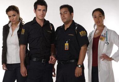 (soldan sağa) polis dedektif, adamımız, şoför, doktor