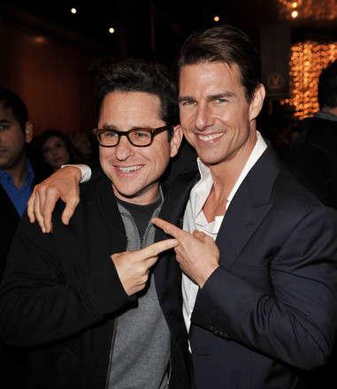 J.J. Abrams ve Tom Cruise