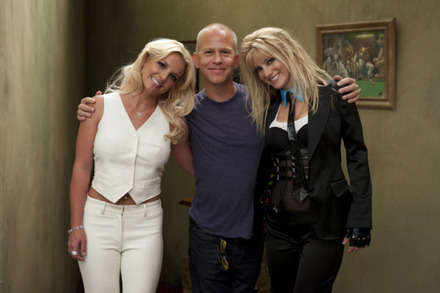 Britney Spears ve Heather Morris ile Glee setinden...