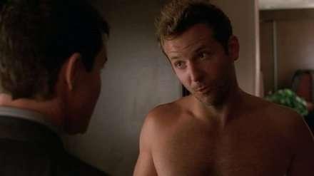 Bradley Cooper'la Nip/Tuck'tan bir sahne