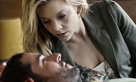 Sarah (Natalie Dormer) ve Mark (Tom Ellis)