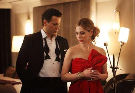 Siobhan karakterinin kocası rolünde Ioan Grufford oynuyor.