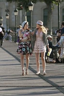 gossip girl'un 4 sezon ilk bir kaç bölümü paris'te çekildi