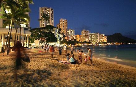 bu sahilde lost izlemek ne keyifli olurdu..